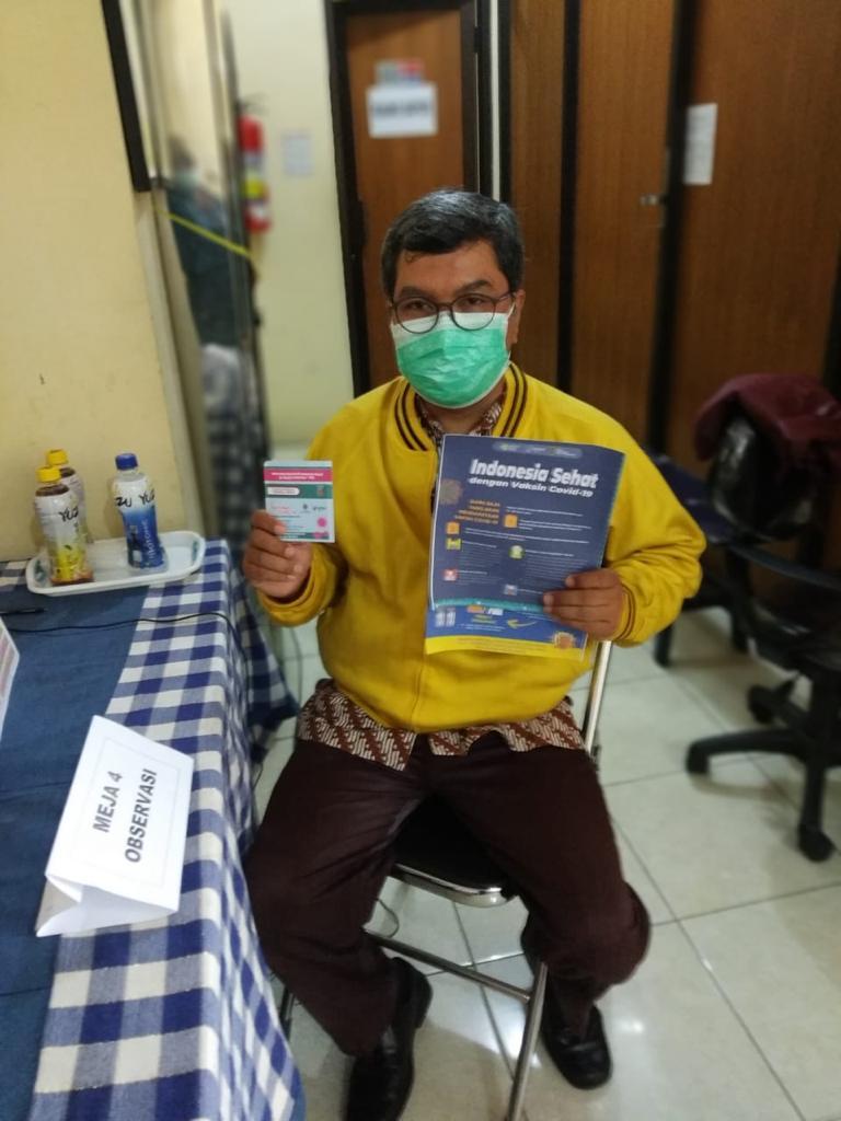 Peserta vaksinasi Covid-19 tanggal 19 Januari 2021 di UPT Puskesmas Pakualaman